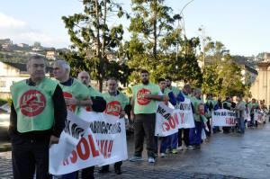 manifestación fábrica de armas