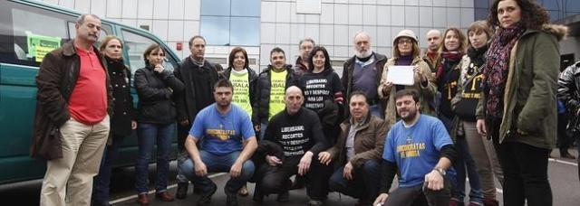 20140320 El Comercio - Trabajadores empresas en crisis