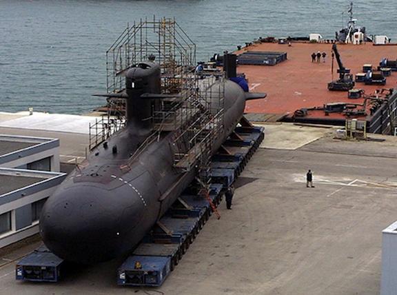 20140416 Defensa - Submarino
