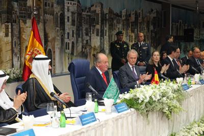 20140519 Infodefensa Rey-Arabia