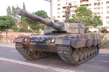 34453351-Ejercitos-del-mundo-06 - Historia Leopard_01