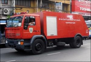 Camion de bomberos Steyr en Bangkok