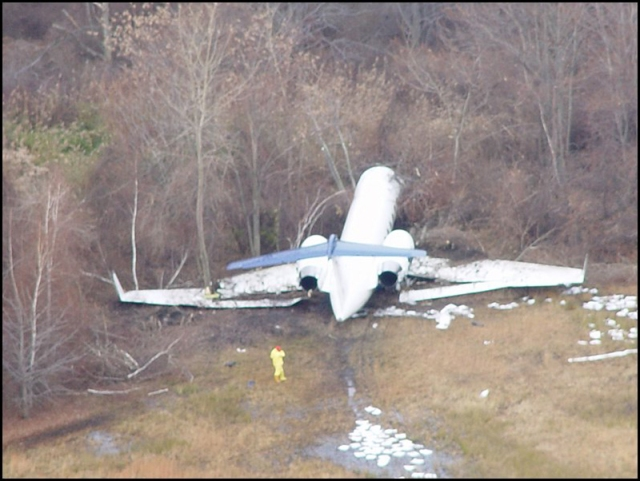 20041201 Gulfstream IV - Accidente New Jersey