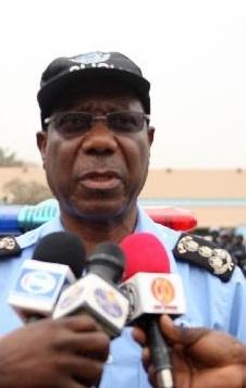 20140715 Angonoticias - Comandante da Policia