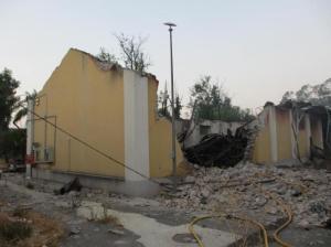 20120721 La información - Murcia Nave destruida en explosión