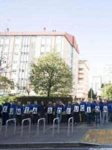20141118 La Opinion A Coruña - Extrabajadores FAC