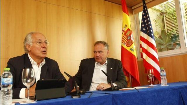 20140907 - El Mundo - Tim Kaine y Juan Maria Nin