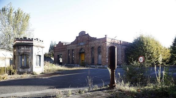 20160304 El Comercio - Fabrica Armas Oviedo