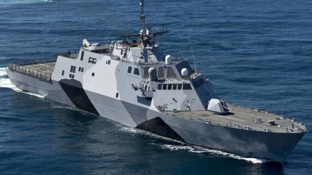 20160704 El Confidencial - problemas barco combate