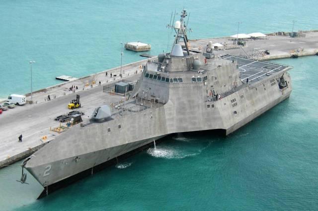 20160704 El Confidencial - USS Independence