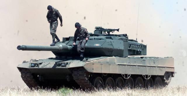 20160714 El Pais - Tanque Leopard